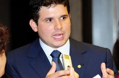 Bate-boca marca início dos trabalhos da CPI da Petrobras