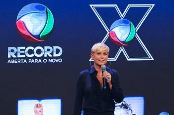 """""""Estou com medo de decepcionar as pessoas"""", diz Xuxa sobre estreia na Record"""