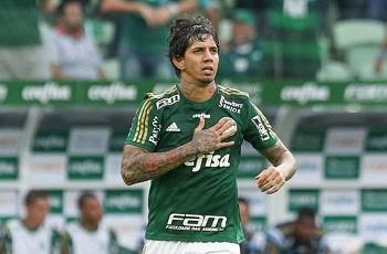 Palmeiras faz 4 e volta a derrubar São Paulo no Allianz Parque
