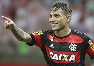 Técnico da Internazionale quer tirar Guerrero do Flamengo