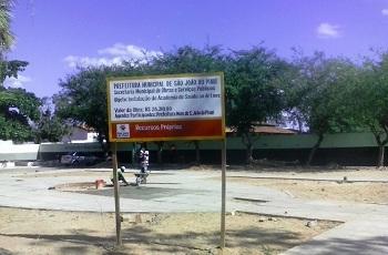 Obra da Academia da Saúde iniciada há três meses segue sem previsão de término