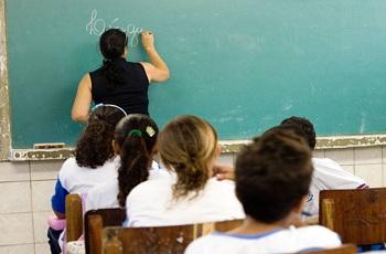 Secretários de educação defendem conteúdo obrigatório mínimo para o ensino médio