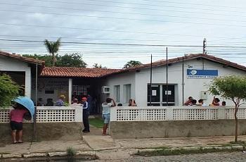 INSS lança edital de concurso com 950 vagas e salários de até R$ 7,4 mil