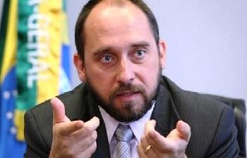 Para Adams, processo do impeachment perdeu 'fôlego'