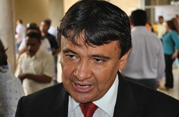 Governador afirma que vai rever  reajustes para os servidores do Estado