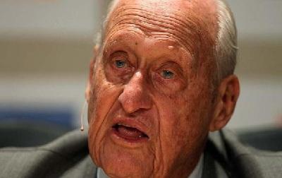 Aos 100 anos, morre o ex-presidente da Fifa João Havelange