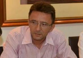 Prefeito exonera comissionados alegando que deve cumprir com índice da LRF