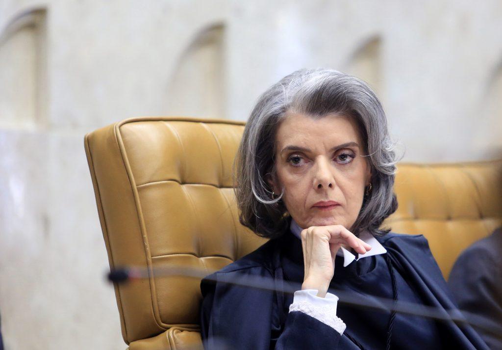 Cármen Lúcia julgamento que pode ameaçar cargo de Renan