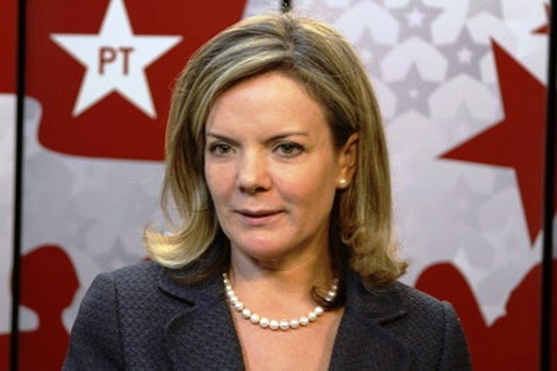 Ministro do STF abre mais um inquérito contra Gleisi Hoffmann
