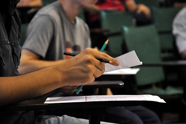 Enade é aplicado hoje para mais de 216 mil estudantes