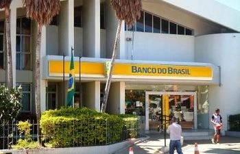 BB anuncia plano para aposentar 18 mil funcionários e fechar 402 agências