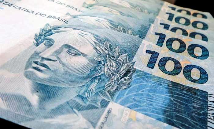 Salário mínimo vai passar de R$ 880 para R$ 945,80 a partir de janeiro