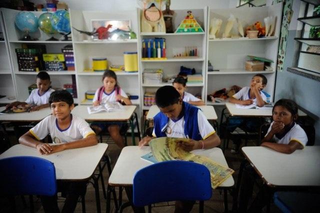 FNDE faz repasse do PDDE às escolas públicas no valor de R$ 352,5