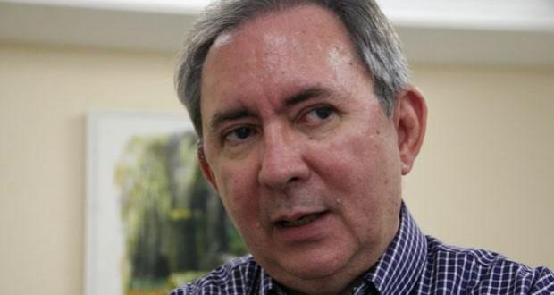 João Henrique prega candidatura própria do PMDB em 2018