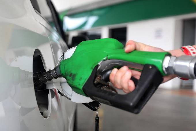 Petrobras reduz preços do diesel e gasolina nas refinarias