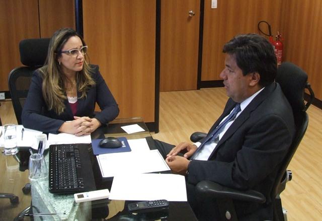 Rejane Dias apresenta novas demandas ao ministro da Educação