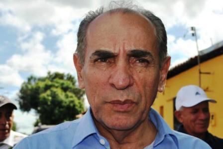 Marcelo Castro diz a amigos que vai apoiar o governador Zé Filho