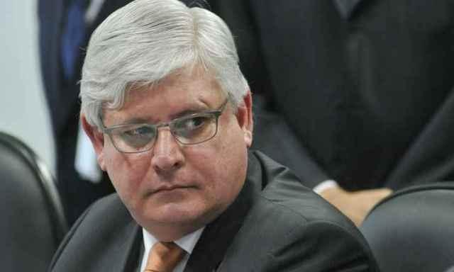 PGR pede abertura de inquérito contra Sarney, Jucá, Renan e Sérgio Machado
