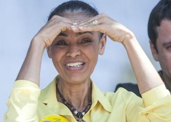 Marina telefona a Dilma e Aécio;apoio no 2º turno não foi mencionado