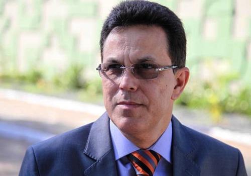 Zé Santana (PMDB), amigo pessoal de Alexandre Mendonça, toma posse na Sasc, segunda-feira, 6