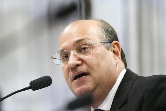 Queda da Selic contribuirá para o crescimento da economia, diz Goldfajn