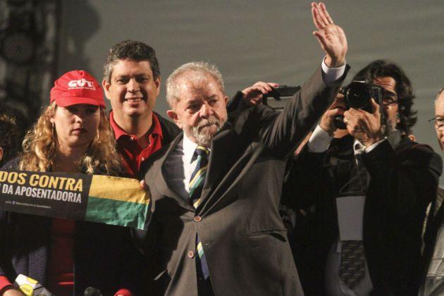 Defesa de Lula quer tirar de Moro menções ao petista na delação da JBS