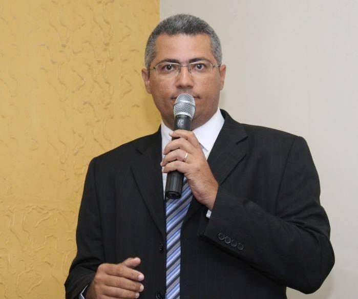 Escola do município terá que repor aulas depois de denúncia do vereador Ernane Moura (PSDB)