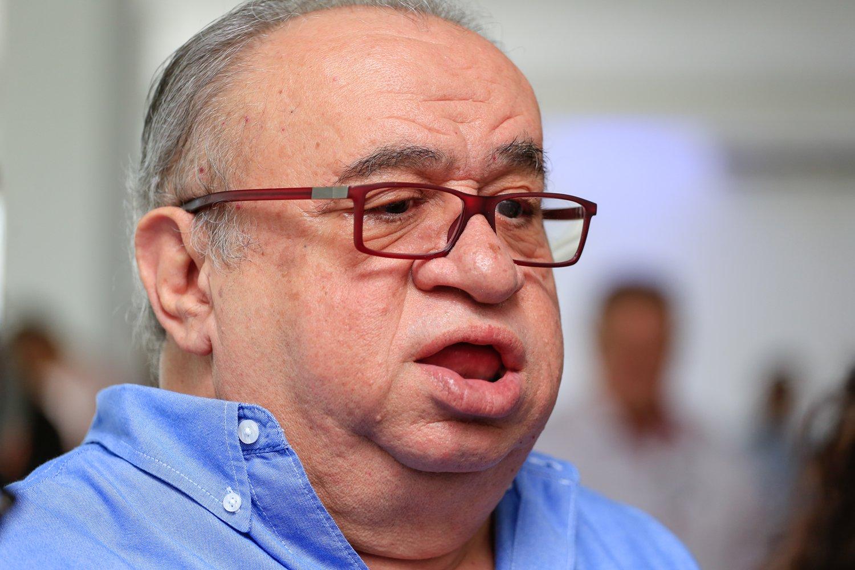 Heráclito quer informações sobre aplicação de recursos de R$ 600 milhões