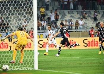 Galo destrói defesa do Corinthians e sai classificado às semifinais da Copa do Brasil