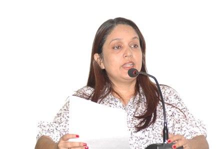Vereadora Marcilene diz que o trânsito local deve ter regras