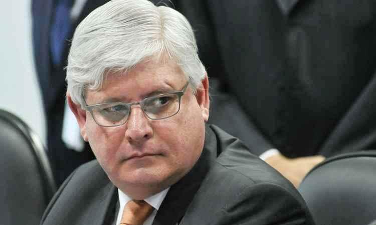 Janot quer pedido de prisão de Aécio analisado na 1ª Turma do STF