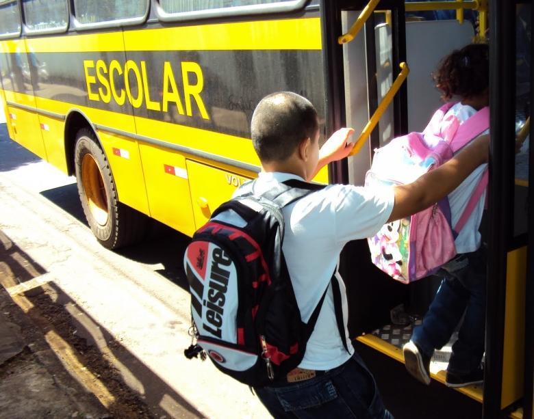 Dossiê sobre transportes escolares será encaminhado ao TCE, TJ e Ministério Público