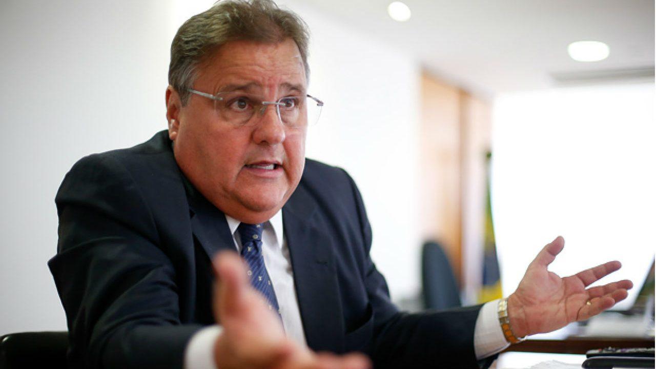 """PF encontra um """"bunker"""" com malas de dinheiro que seria de Geddel Vieira Lima"""