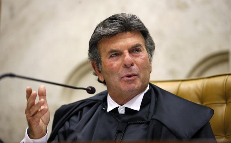 Judiciário impede avanço de projeto que barra supersalários