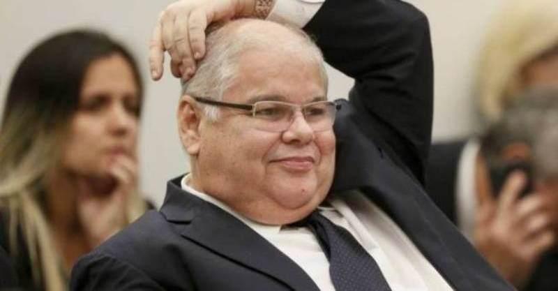 PF faz buscas em gabinete de deputado Lúcio Vieira Lima na Câmara