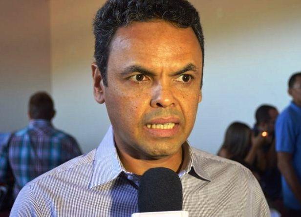 Gil Carlos poderá chamar mais um administrador de empresa