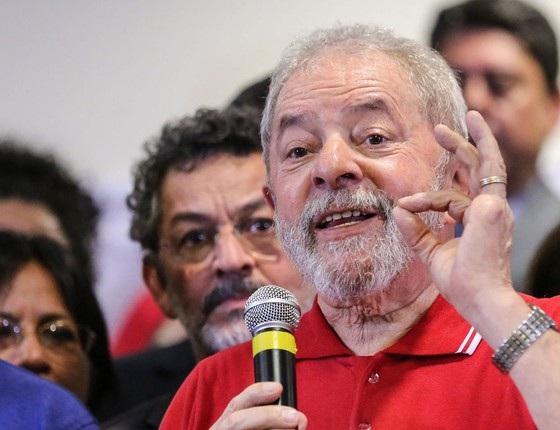 Lula diz que, se eleito, fará referendo para revogar medidas de Michel Temer