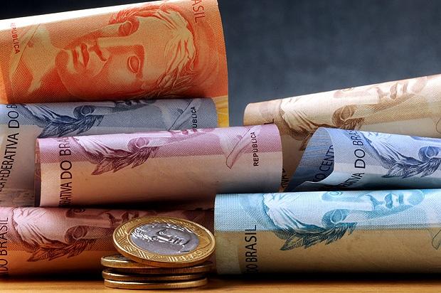 Governo reduz projeção para salário mínimo em 2018; atualmente o mínimo é de R$ 937
