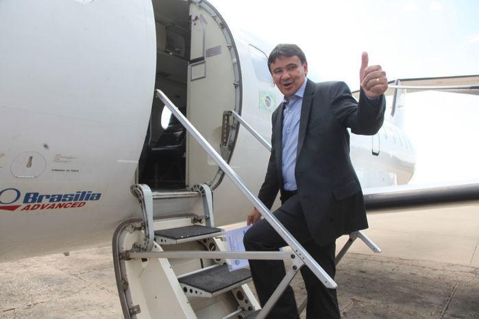 Governador faz pouso irregular em inauguração de aeródromo em São João do Piauí