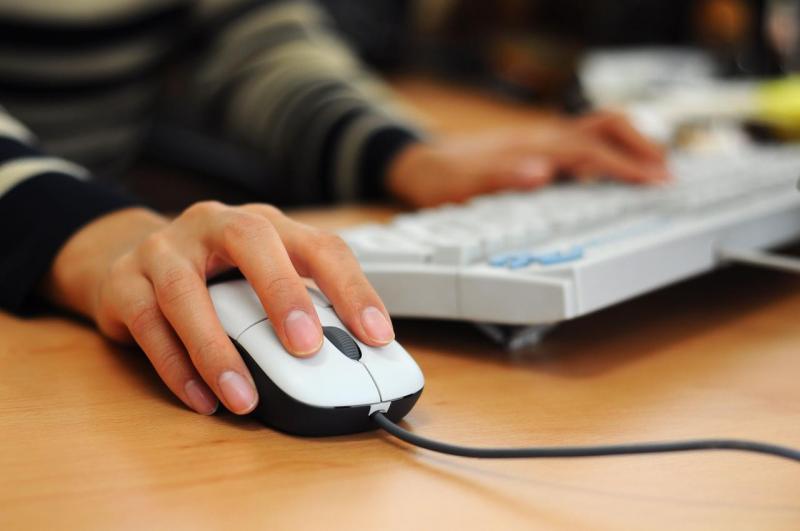 Resposta a provocação na internet não causa dano moral, diz TJ-RS