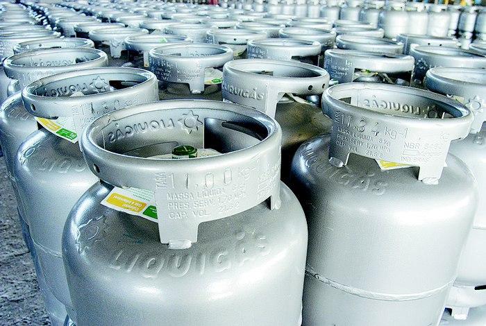 Petrobras anuncia reajuste de 8,9% do gás de botijão nas refinarias