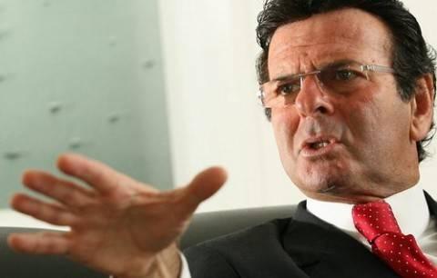 Fux é eleito presidente do TSE e diz que notícias falsas podem influenciar eleição