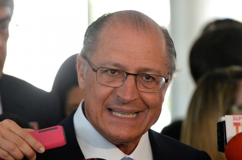 'Lula será condenado nas urnas', diz Alckmin