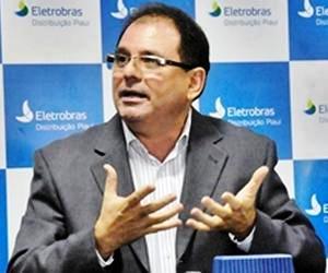 'Menos de 38% da população paga energia em dia', diz Marcelino Cunha