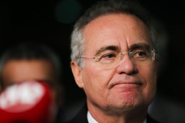 Cartomante prevê: Renan Calheiros não se reelegerá