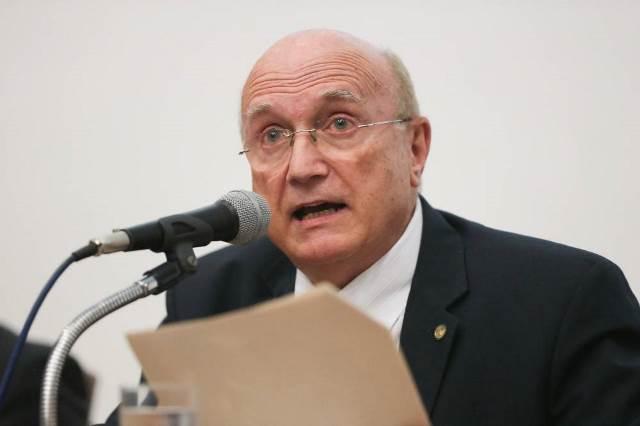 Delator da Operação Carne Fraca acusa ex-ministro Osmar Serraglio de receber propina