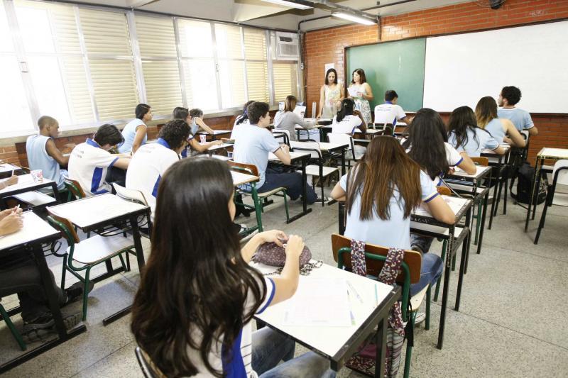 Ensino fundamental perde 1,8 milhão de matrículas em 5 anos no Brasil