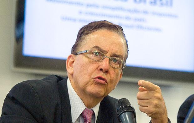 Presidente do BNDES depõe em investigação da PF sobre fundo de pensão Postalis
