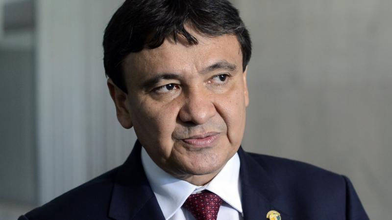 Governo de Wellington Dias contrata R$ 14,4 milhões com telefones da Claro