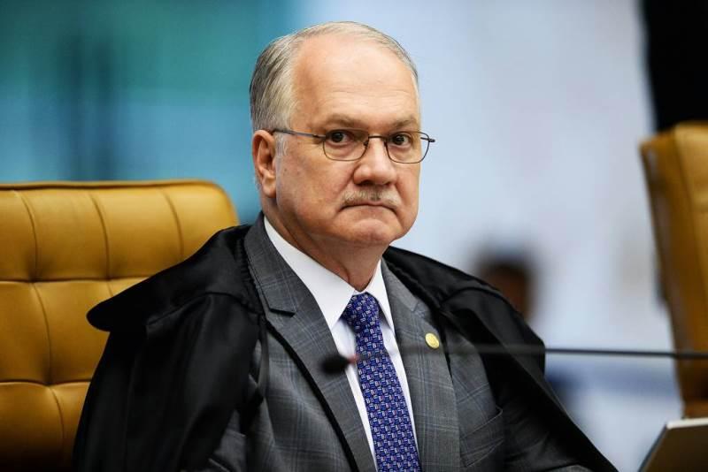 Fachin nega habeas corpus a Lula e manda o caso para julgamento no plenário do STF